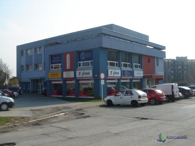 Business building, Kancelárie na prenájom na prízemí a 1NP, Dunajská 3, Košice