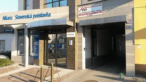 Allianz - Slovenská poisťovňa, a.s., kancelária č. 204, SNP 18, Hlohovec