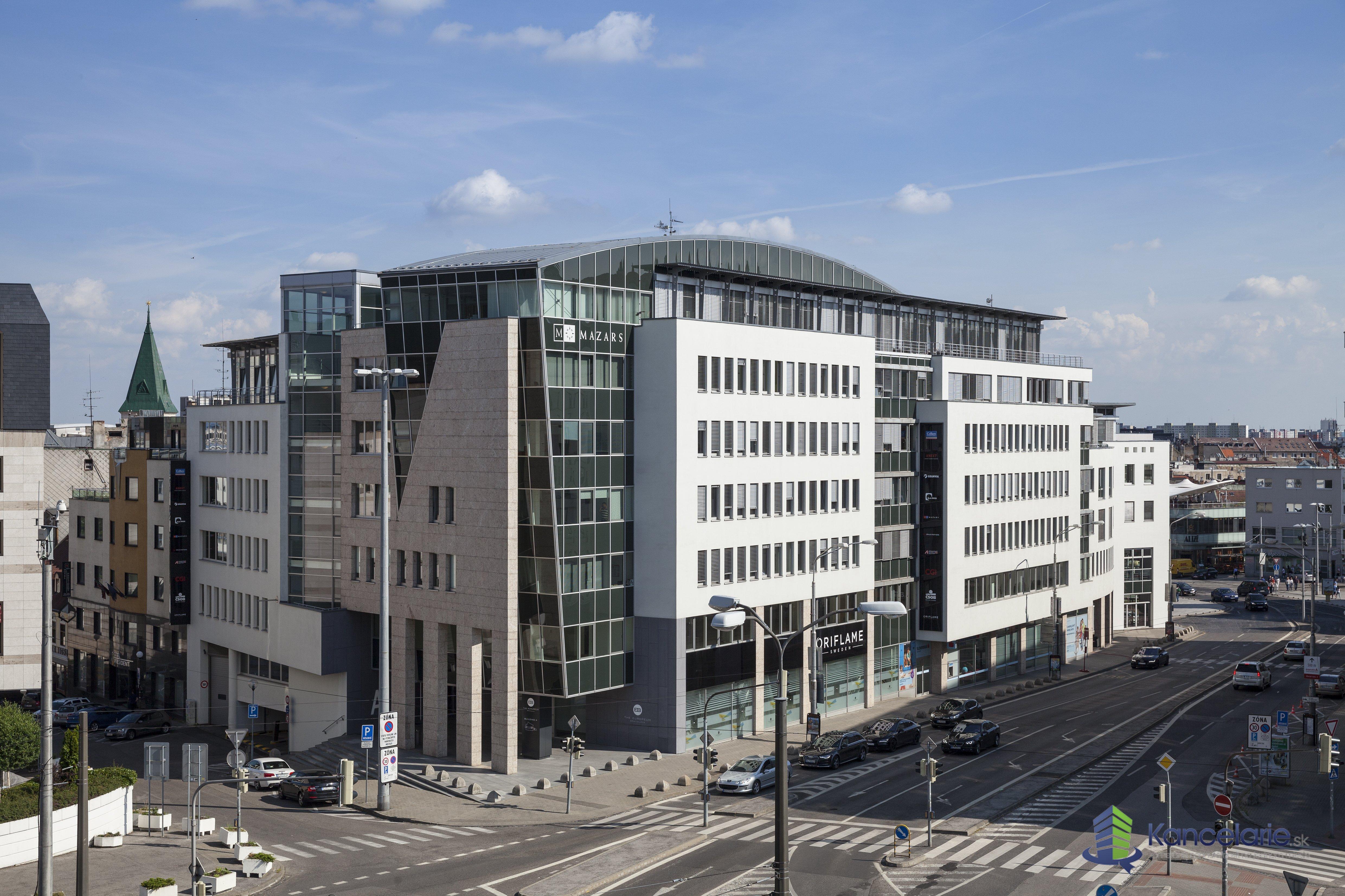 The Europeum, Obchodný priestor - pasáž, Suché mýto 1, Bratislava