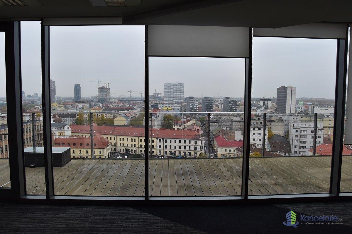 Park One, Kancelárske priestory na Nám. 1. mája, Námestie 1.mája 18, Bratislava