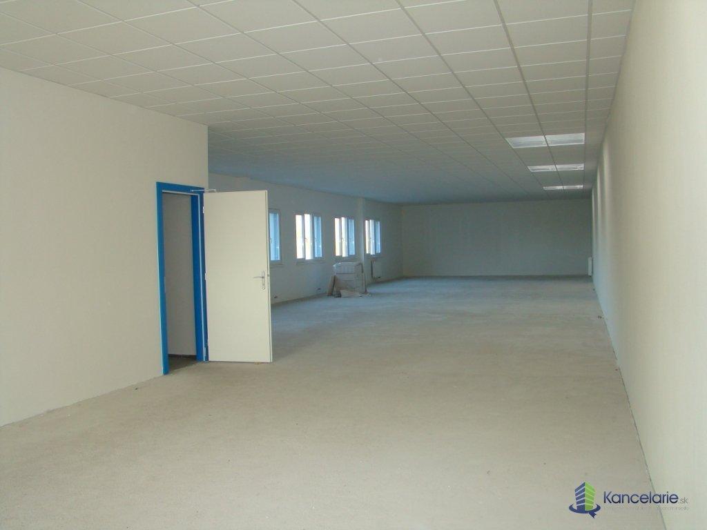 Administratívno technická budova, Administ.-tech. budova + hangár,zázemie, Letisko Košice 1, Košice