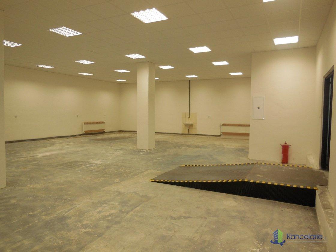 Dom techniky ZSVTS, Kancelária a skladový priestor, Kukučínova 8, Banská Bystrica