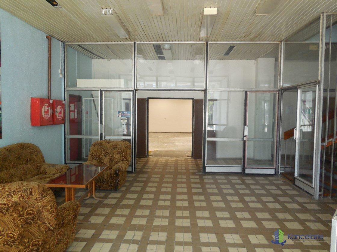 Dom techniky ZSVTS, Kancelárie, Kukučínova 8, Banská Bystrica
