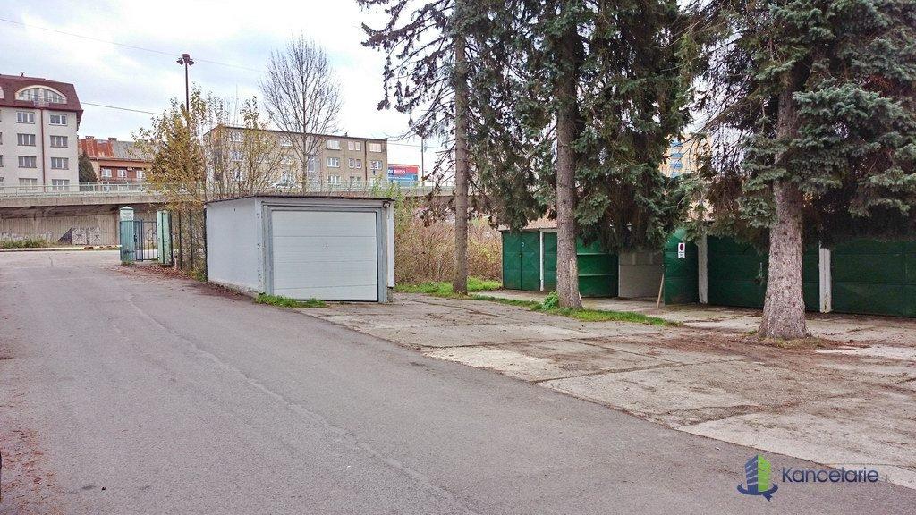 RONDEL OFFICES, Garáž č.3 (bez elektriky, uzavretý dvor), Dolné Rudiny 3, Žilina