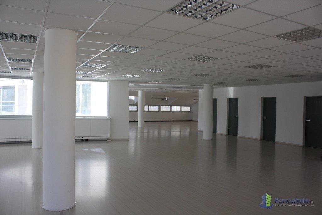 Palisády-Štetinova-kancelárie s garážami, Kancelárske priestory, Štetinova 4, Bratislava