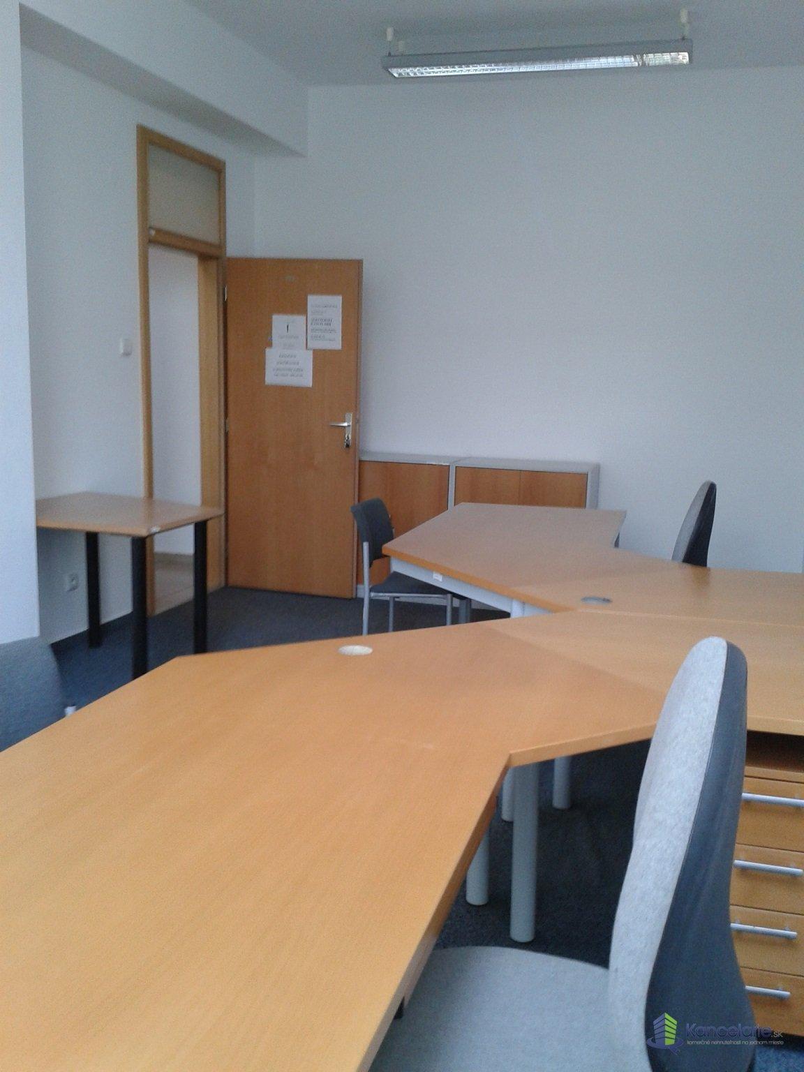 Allianz - Slovenská poisťovňa, a.s., kancelária č. 214, Teplická 28, Piešťany