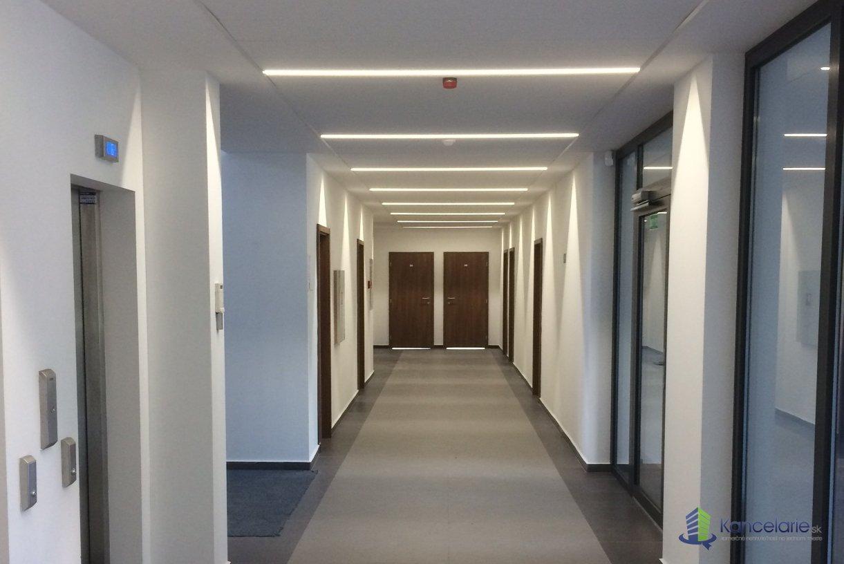 OFFICE POINT 8, klasicke / open space kancel. priestory, Južná trieda 8, Košice