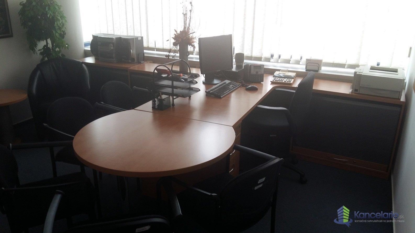 AB Allianz - Slovenská poisťovňa, a.s., Kancelárske priestory, Coboriho 9, Nitra