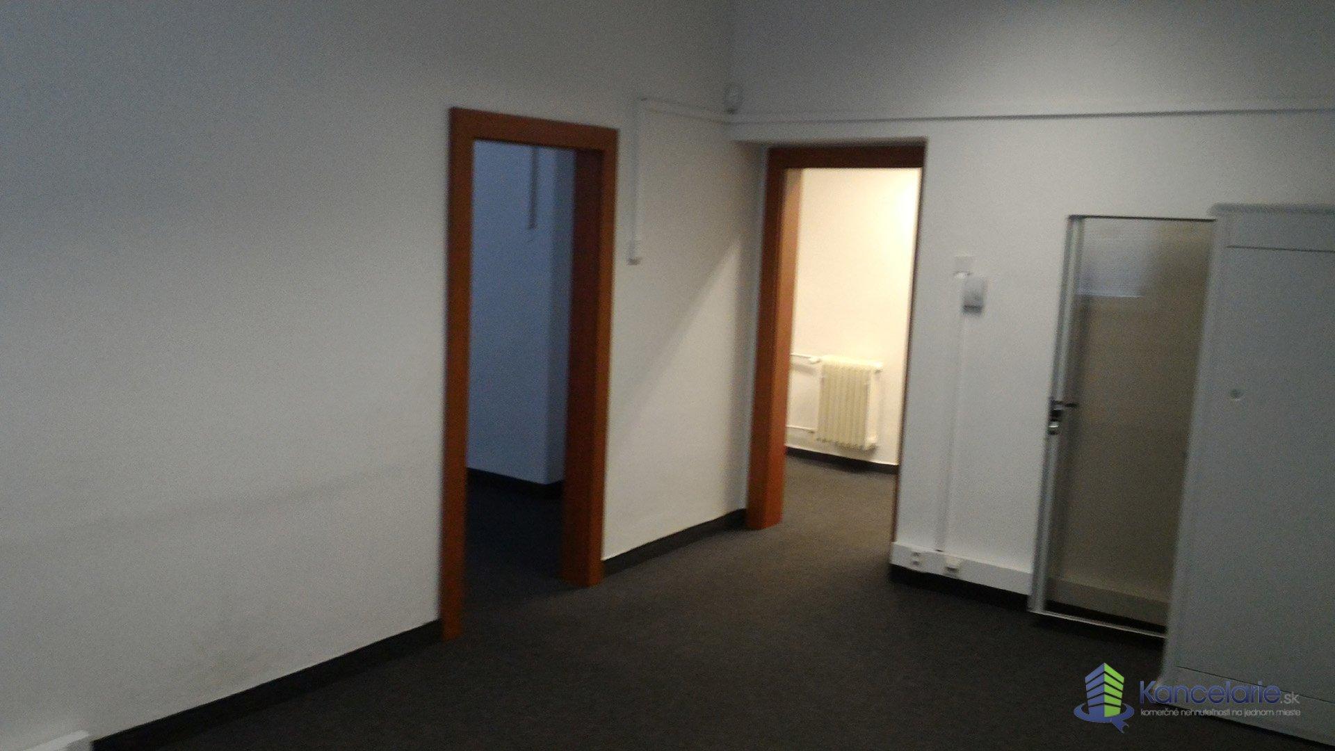 ZSVTS, Kancelárie vhodné pre notára, exekútora, Koceľova 15, Bratislava