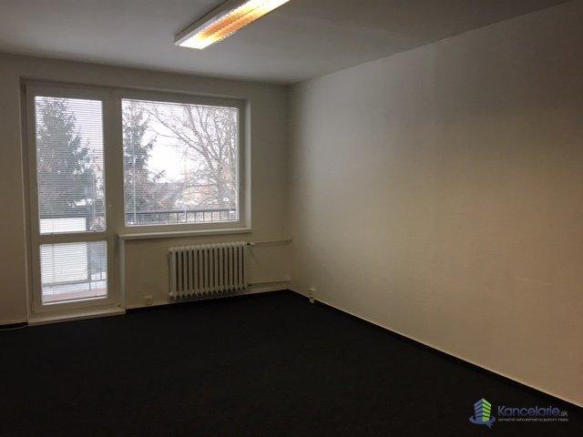 Strojár, podnikateľské centrum, Kancelárie bunkového typu  2 kancel.+ WC, Južná trieda 93, Košice