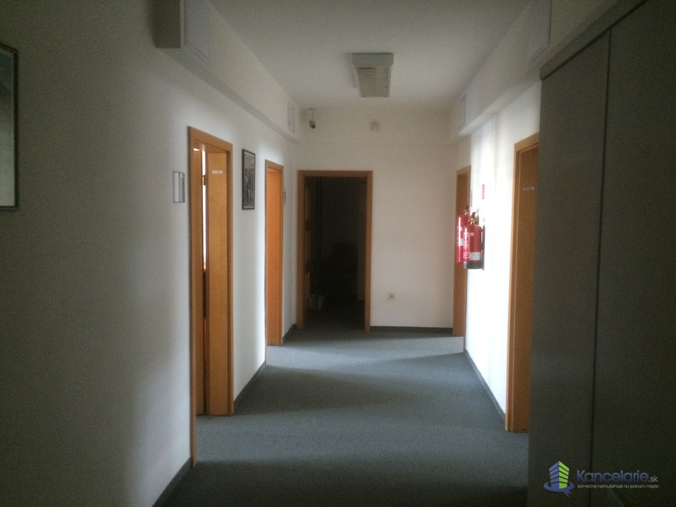 Kancelárska budova Gunduličova, Kancelárske priestory, Gunduličova 8, Bratislava