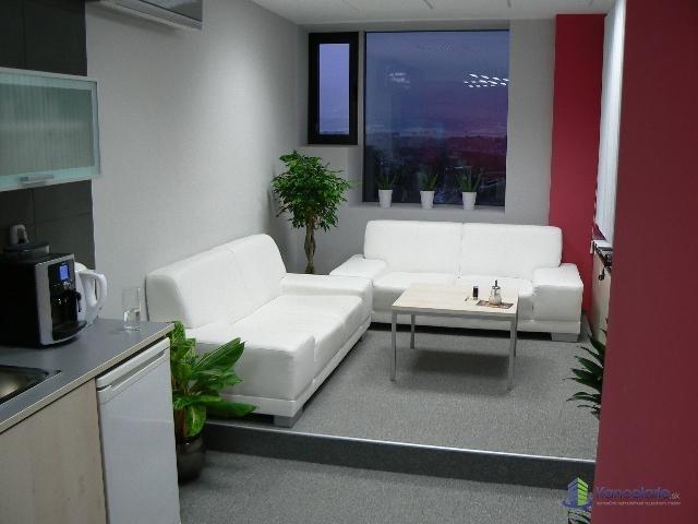 ONYX, b.c., Typová kancelária, Nám. sv. Egídia 42/97, Poprad