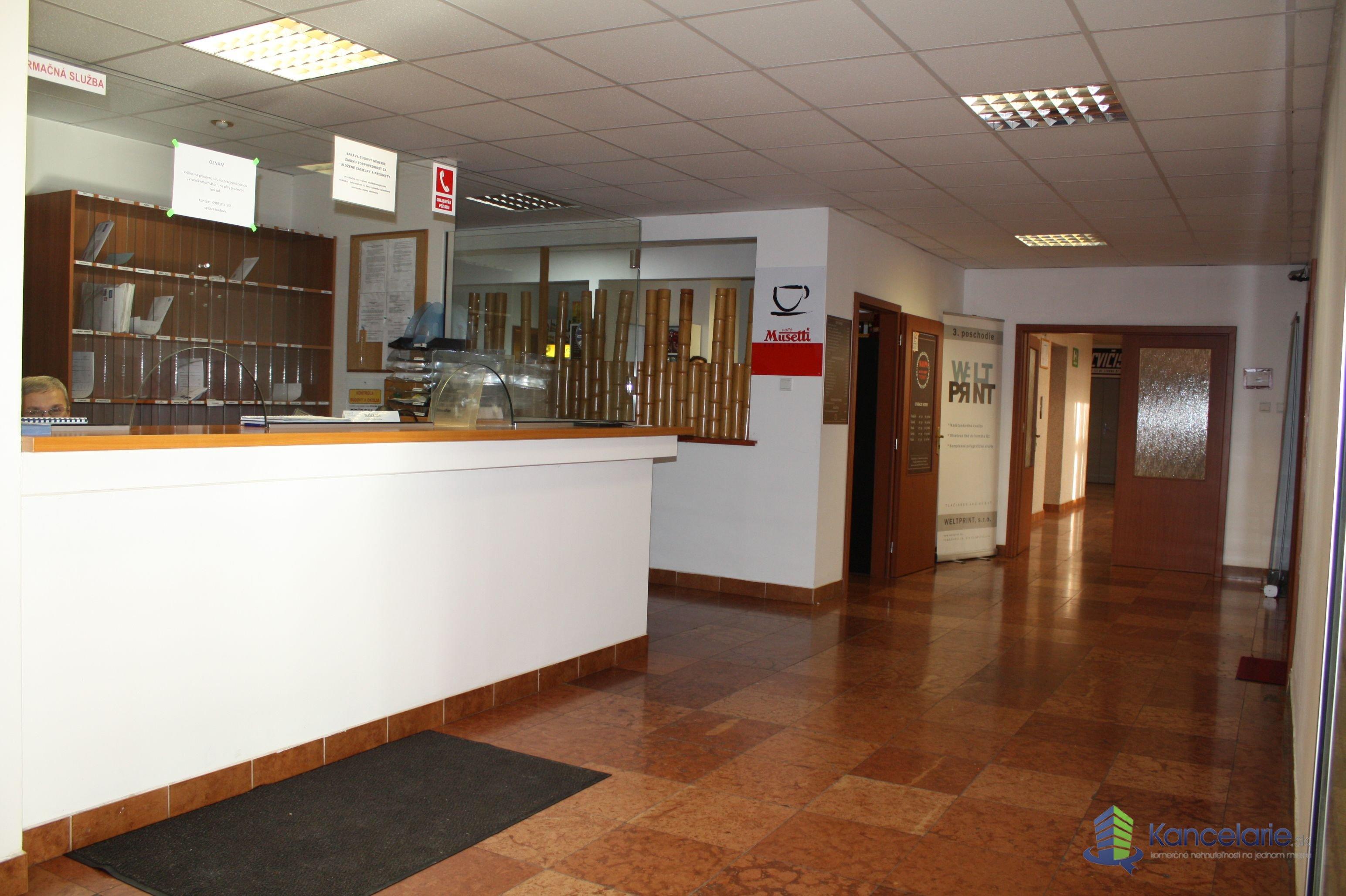 Administratívno prevádzková budova ÚSVIT, Kancelárske priestory, Tomášiková 26, Bratislava