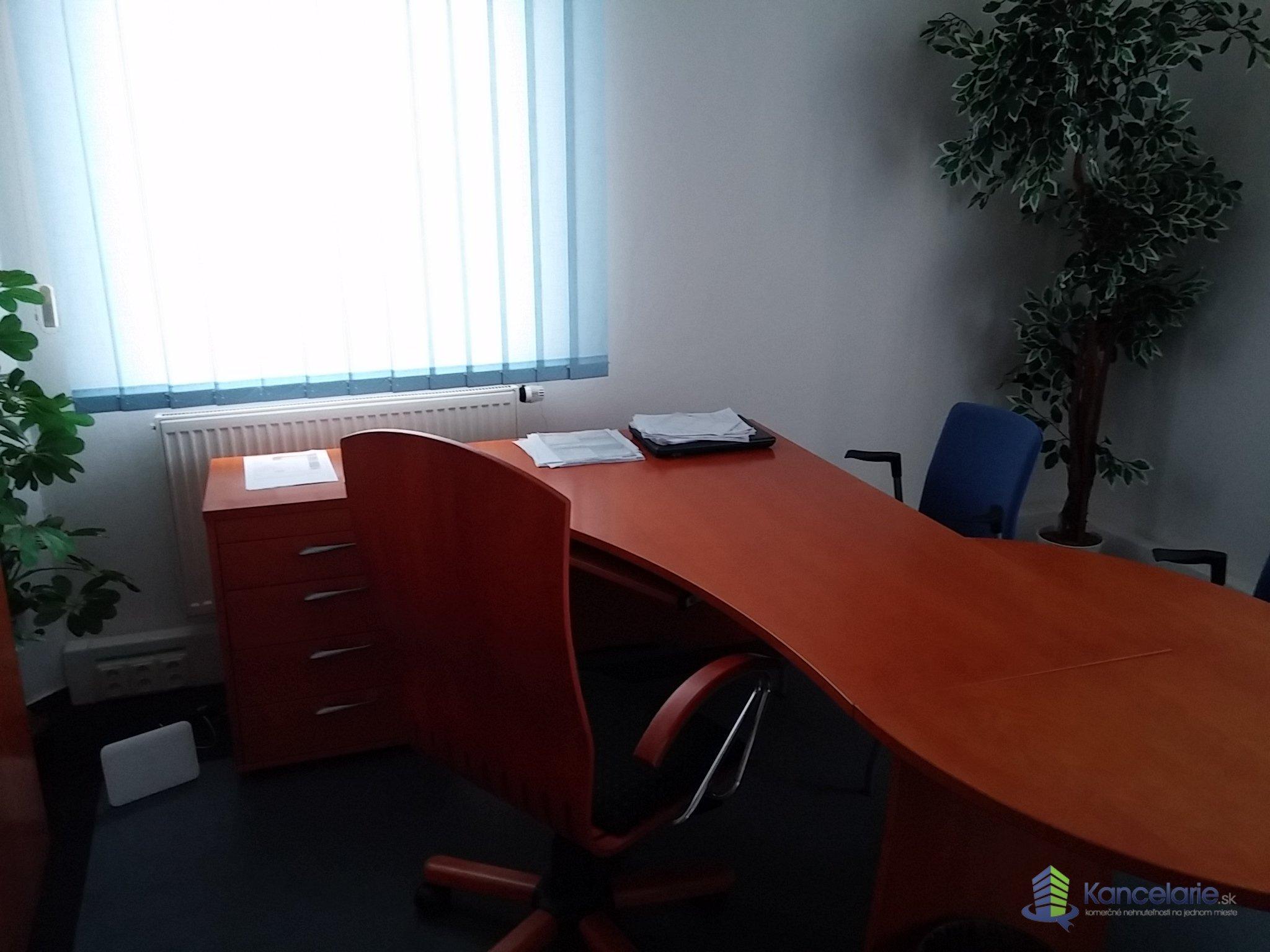 AB Allianz - Slovenská poisťovňa, a.s., Kancelária č. 616, P.Rádayho 8, Lučenec