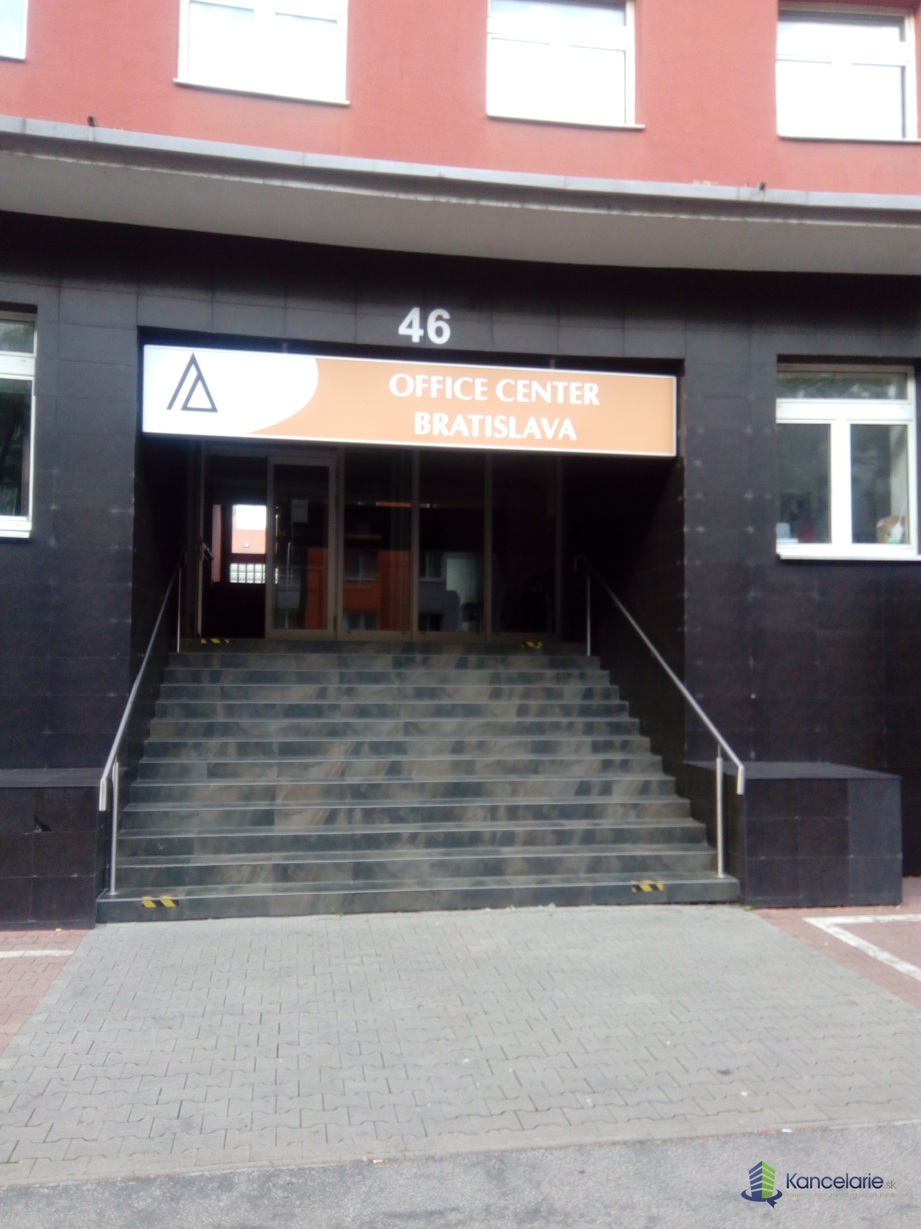 Podnikateľské centrum, Kancelárske priestory, Záhradnícka 46, Bratislava